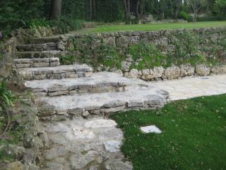 Construction d'escalier en pierre maçonnée - Exo Jardins