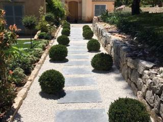 Création d'allée de jardin sur mesure - Exo Jardins
